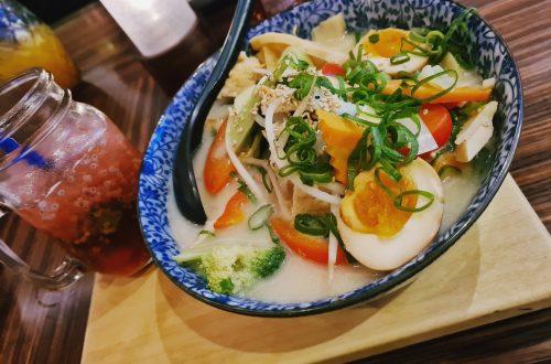 Eine Schüssel, Miso Suppe